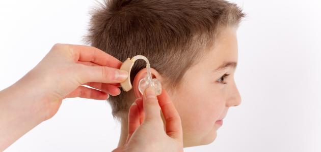 تقنية جديدة تتيح السمع عبر الجلد من فيسبوك