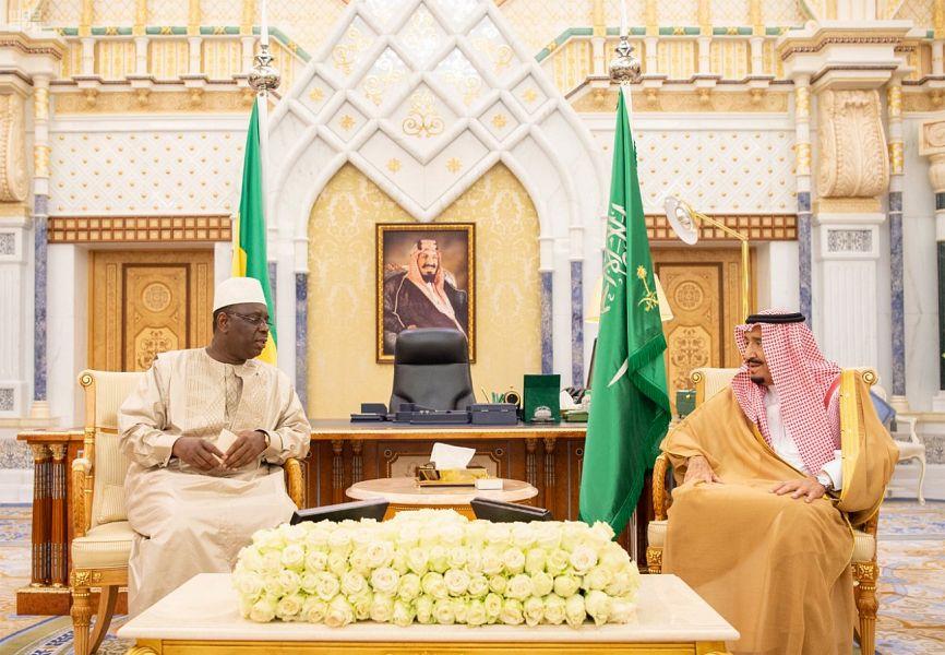 خادم الحرمين يبحث مع رئيس السنغال سبل تطوير العلاقات