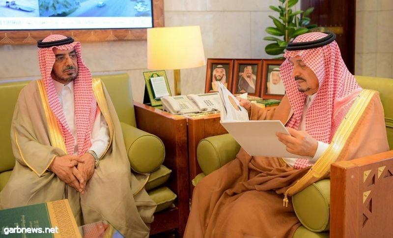 أمير منطقة الرياض يستقبل مدير جامعة شقراء