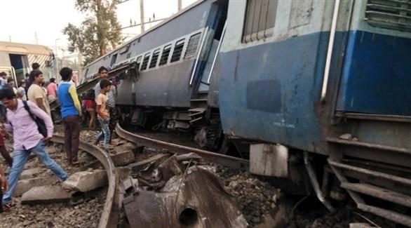 قطار يقتل ويصيب 35 شخصاً