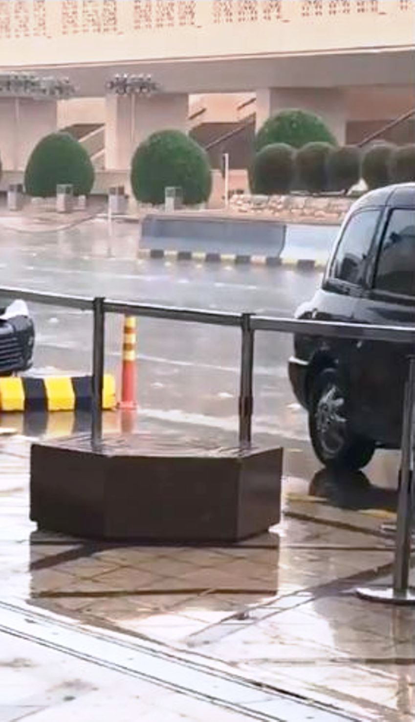 شاهد: أمطار الخير تعود إلى الرياض