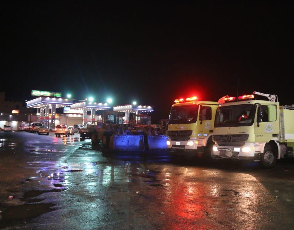 مدني مكة يباشر احتجاز مركبات.. والصحة تعلن جاهزيتها