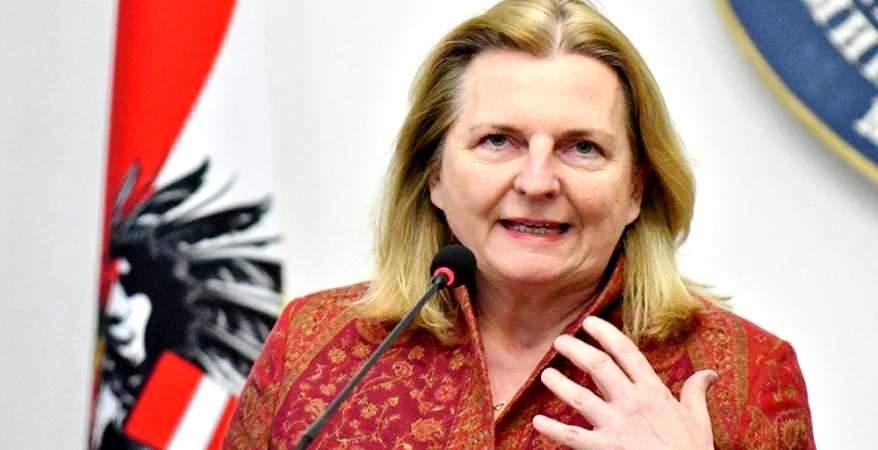 وزيرة خارجية النمسا تكشف حقيقة إغلاق مركز الملك عبدالله للحوار