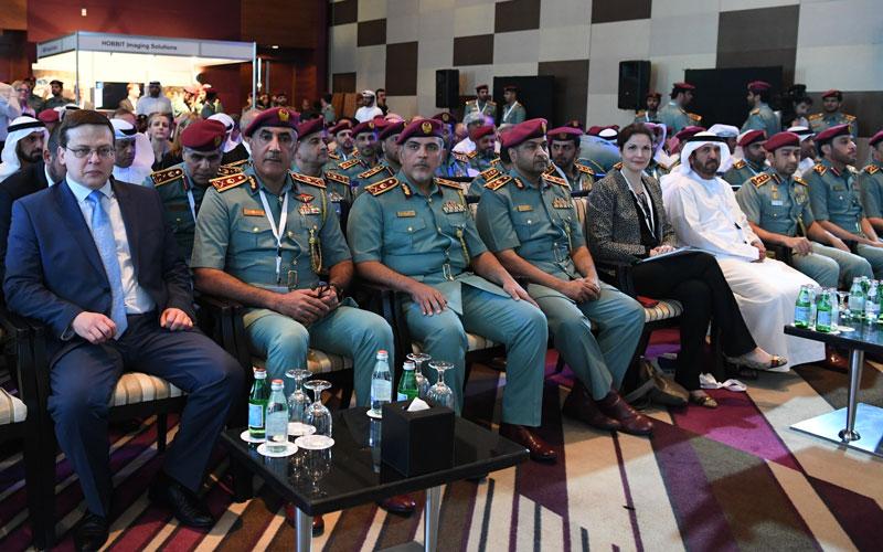 """""""الخليج العربي للأدلة الجنائية"""" يوصي باستحداث جهة لتبادل الخبرات"""