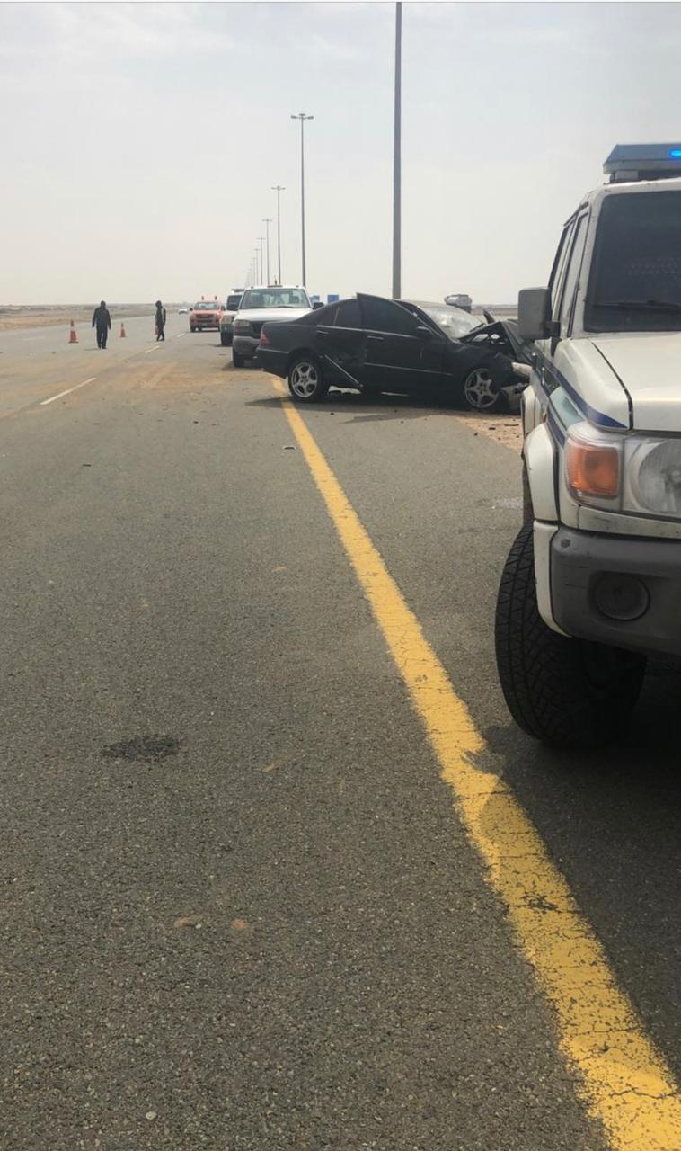 إصابة 7 أشخاص في حادث تصادم على طريق الساحل بجدة