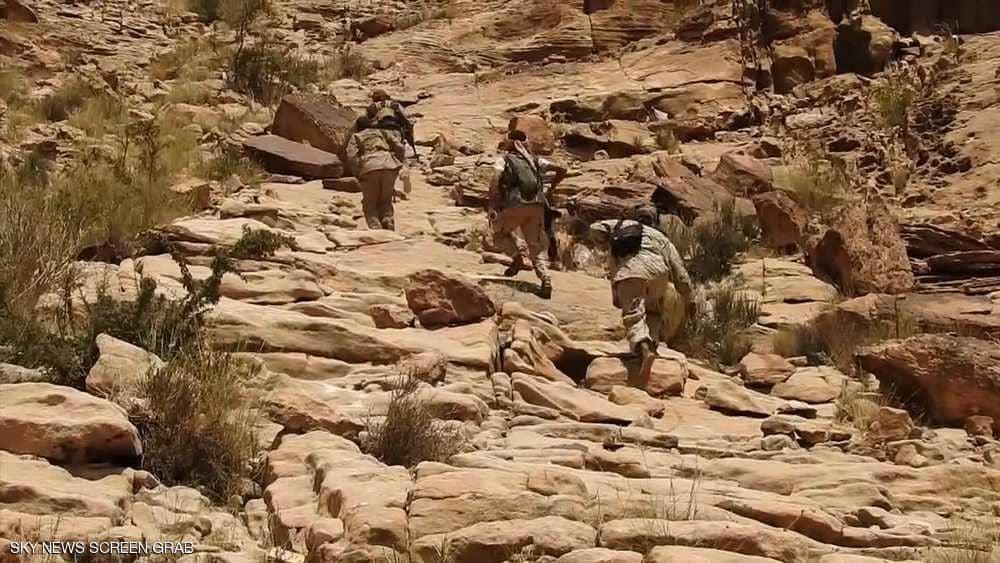 """الجيش اليمني يستكمل تحرير أعلى جبال """"صوران"""" بالبيضاء"""