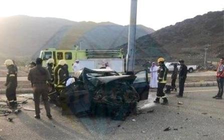 بالصور: حالتا وفاة وإصابات خطيرة بحوادث الباحة