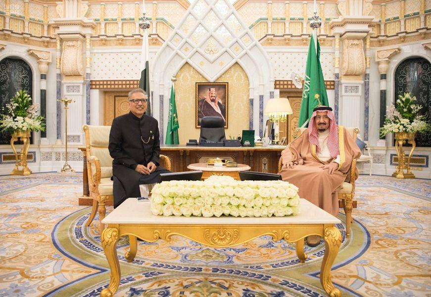 خادم الحرمين الشريفين يستقبل رئيس جمهورية باكستان الإسلامية