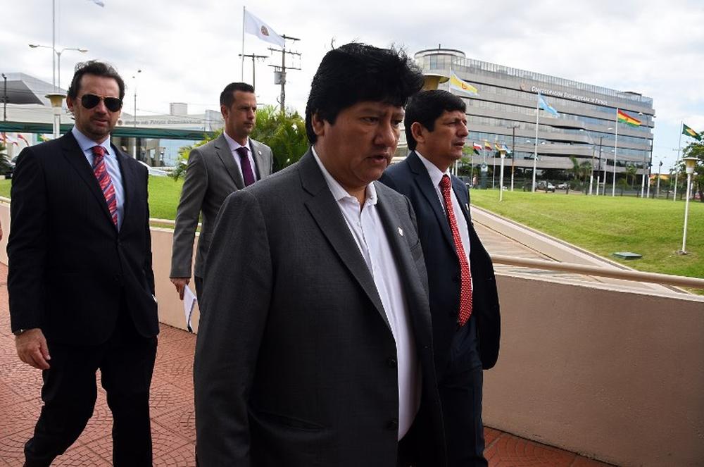 القبض على رئيس الاتحاد البيروفي لكرة القدم