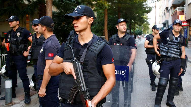 النيابة العامة في تركيا تأمر باحتجاز 64 شخصًا