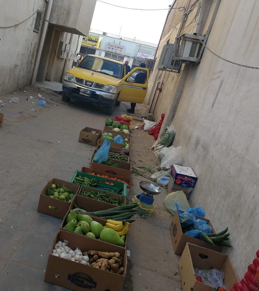 """""""أمانة الرياض"""" تواصل حملاتها على الباعة الجائلين وتصادر عربات الخضار والفاكهة"""