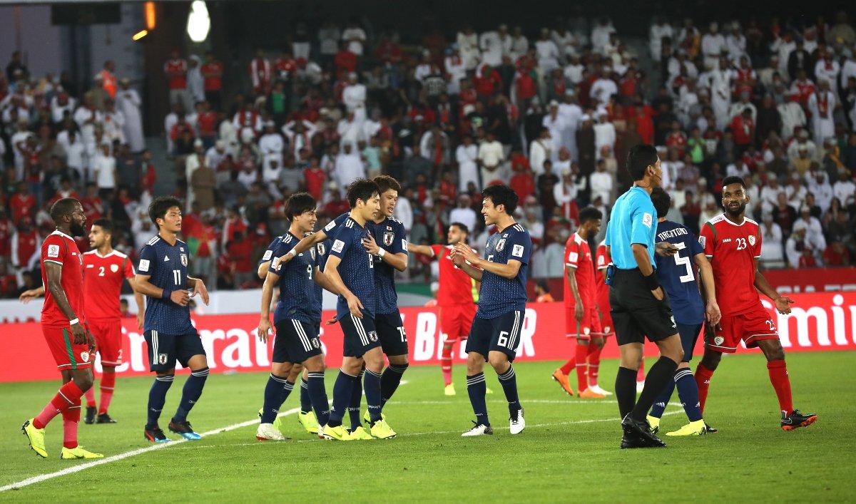 اليابان تخطف فوزا صعبا من عمان في كأس آسيا
