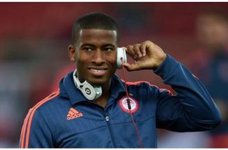 """الشباب يعلن التعاقد مع البرازيلي """"سيبا"""" لمدة 3 مواسم ونصف"""