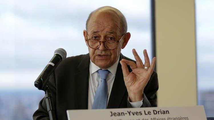فرنسا تقرض العراق مليار يورو لإعادة الإعمار