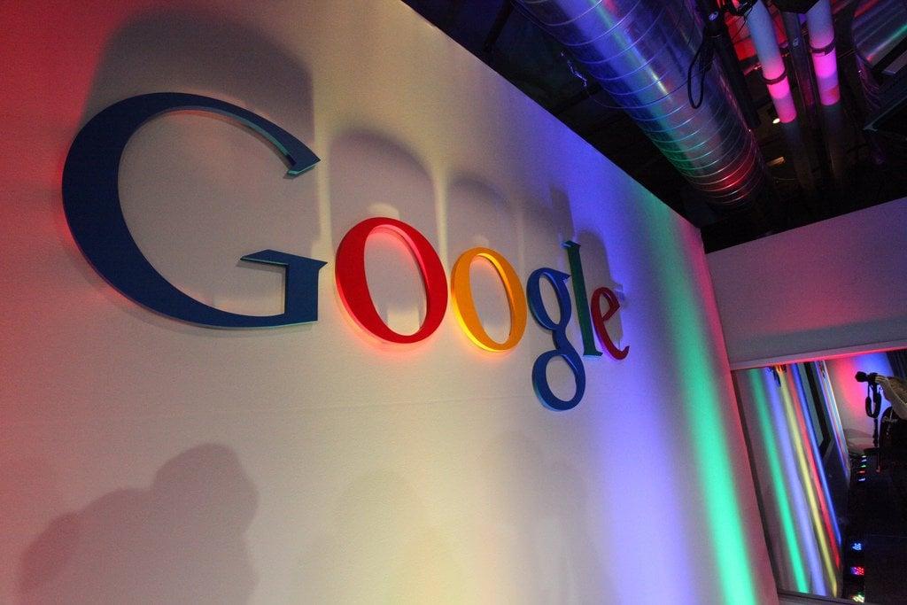 """فرنسا تغرم """"جوجل"""" 57 مليون دولار"""