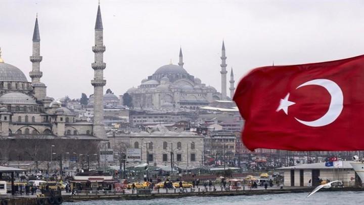 """صحيفة شهيرة تفضح كذب النظام التركي بشأن """"حماية سوريا"""""""
