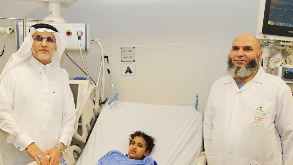 """كادت تموت بسبب """"مرجيحة"""".. وولادة مكة تتدخل بجراحة عاجلة"""