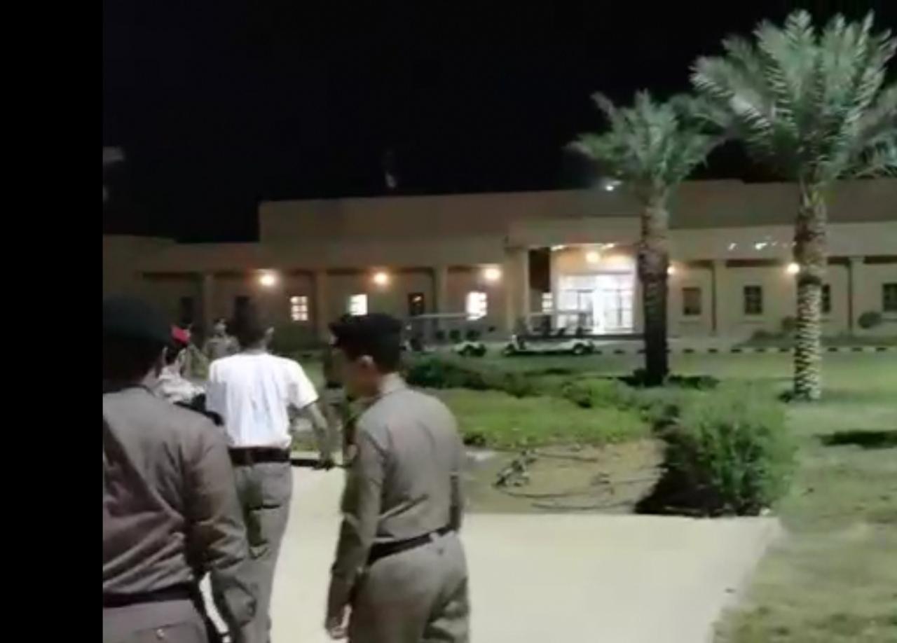 """السجون تحقق في تصوير ونشر فيديو """"فصل عسكري"""""""