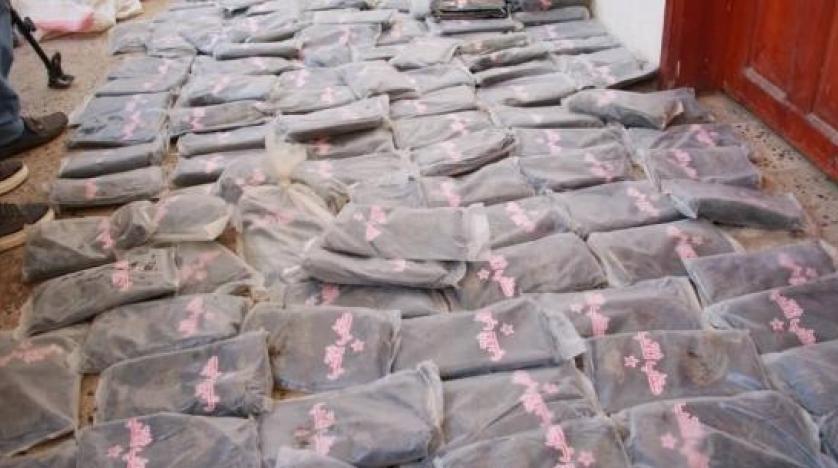 الجيش اليمني يضبط 8 أطنان مخدرات ومتفجرات تابعة للحوثي في حضرموت