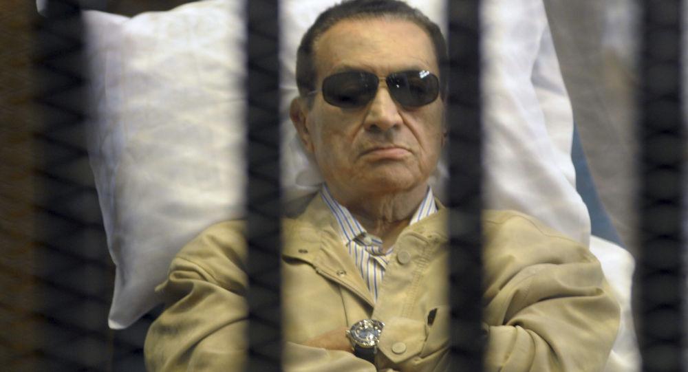 """8 سنوات على ذكرى تنحي """"مبارك"""" عن حكم مصر"""