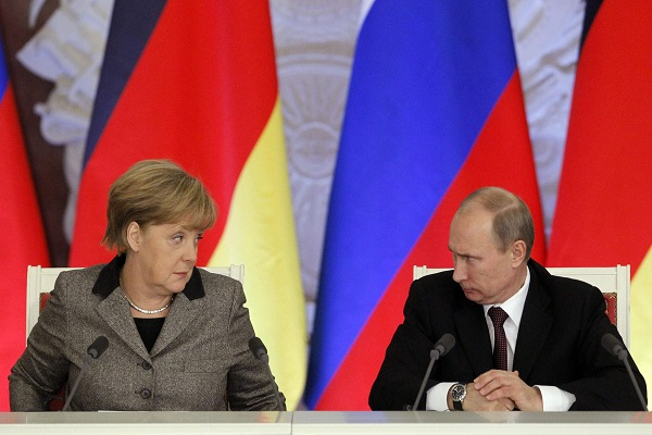 """معركة """"صحفية"""" بين ألمانيا وروسيا"""