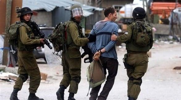 الاحتلال الإسرائيلي يعتقل 22 فلسطينياً في الضفة الغربية