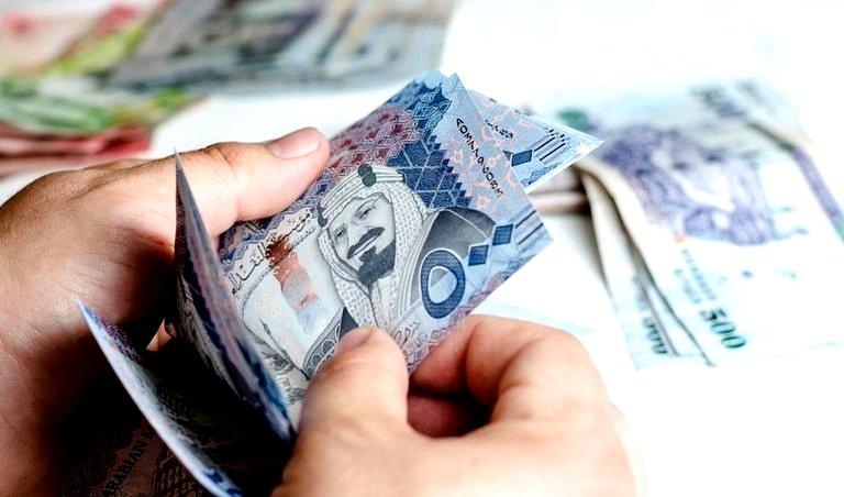 إيداع 458 مليون ريال في حسابات المستفيدين من «حافز»