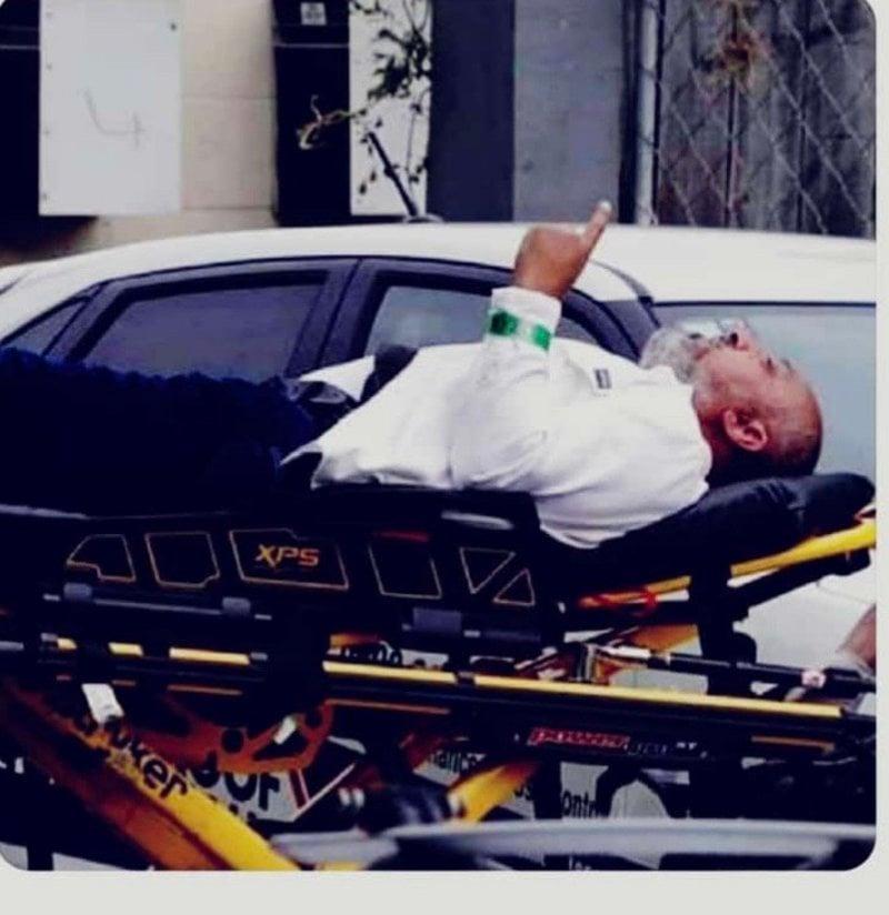 """""""رفع السبابة """"… آخر لقطة للشهيد الحربي قبل وفاته"""