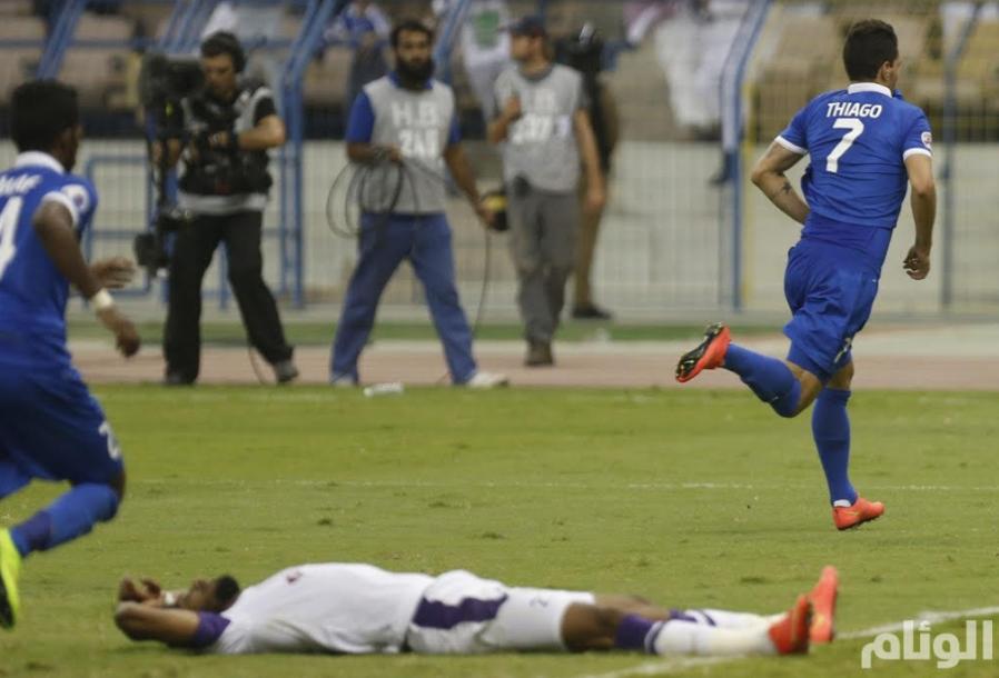 الهلال يسعى لتحقيق الفوز الأول أمام العين الإماراتي