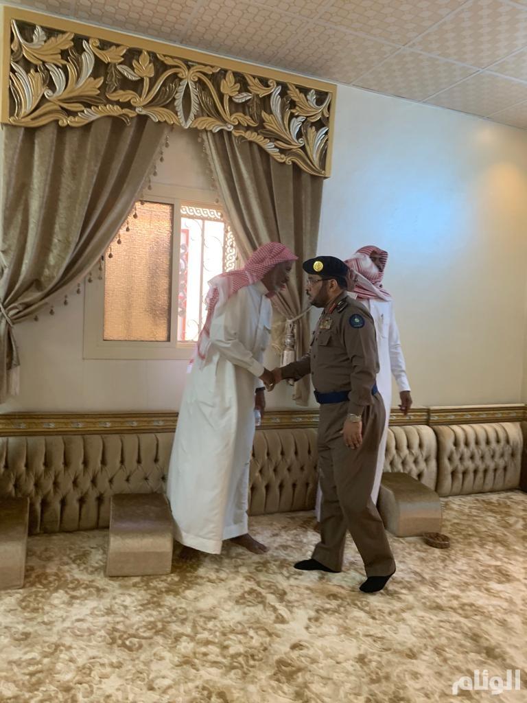 """""""المطرفي"""" ينقل تعازي وزير الداخلية لذوي الجندي العصيمي الذي توفي في حادث مروري"""