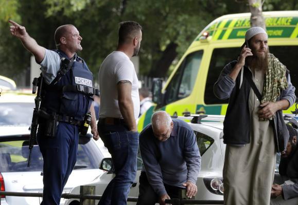 عاجل .. ترامب: أبلغت رئيسة الوزراء النيوزيلاندية استعدادنا لتقديم أي مساعدة في التحقيقات المتعلقة بالهجوم على المسجدين #حادث_نيوزيلندا_الارهابي  #HelloBrother