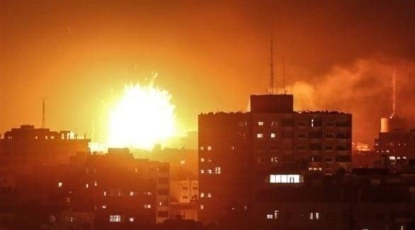 إسرائيل تقصف 100 هدف في غزة بعد إطلاق صاروخين على تل أبيب