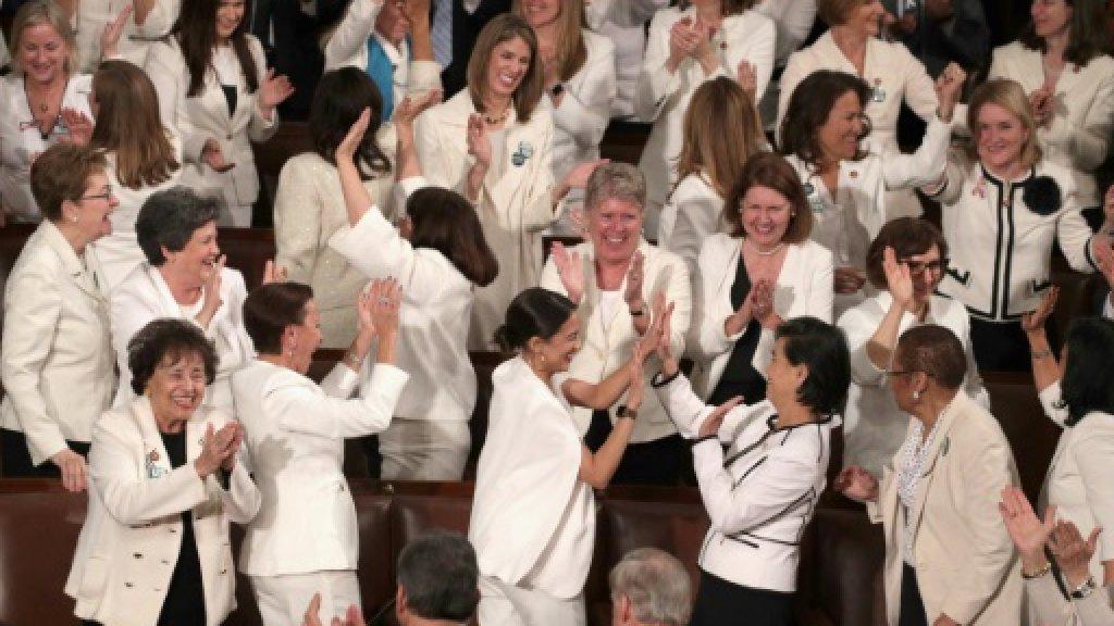 دراسة: النساء يشكلن نحو ربع النواب في العالم