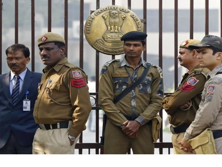 الهند.. إصابة 18 شخصا في هجوم بقنبلة يدوية بمحطة حافلات