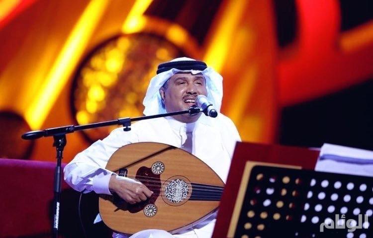 فنان العرب يشدو بروائعه في افتتاح جلسات السعودية بالرياض