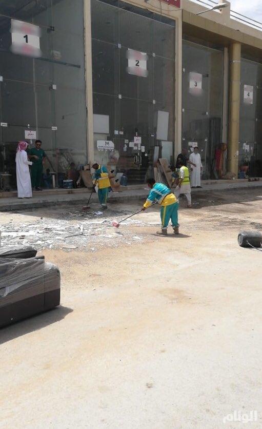 بالصور.. أمانة الرياض تغلق 20 منشأة مخالفة وتزيل تعديات على الطرق