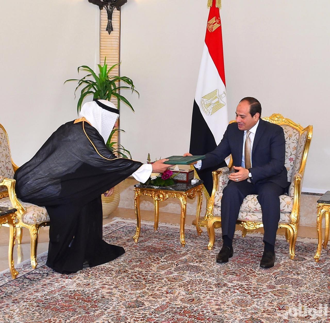 خادم الحرمين يبعث برسالة خطية إلى الرئيس عبدالفتاح السيسي
