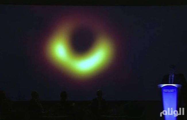 باحثون يميطون اللثام عن أول صورة لثقب أسود