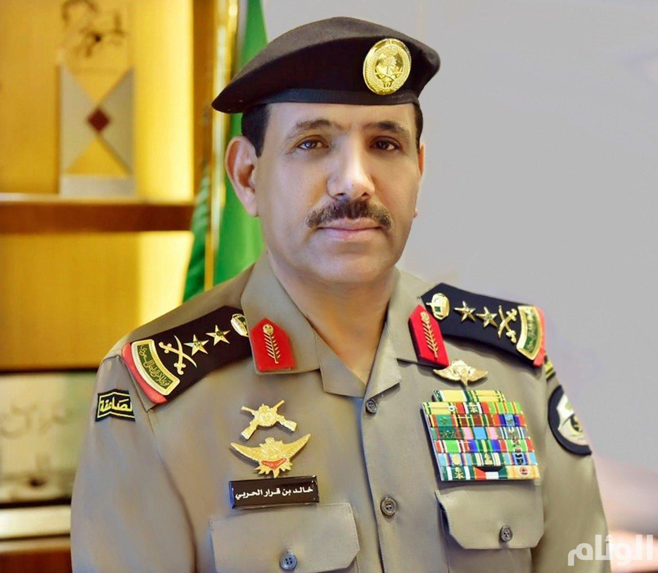 مدير الأمن العام يصدر قرارات بترقية ( ٣٧١٧ ) رجل أمن من كافة الرتب