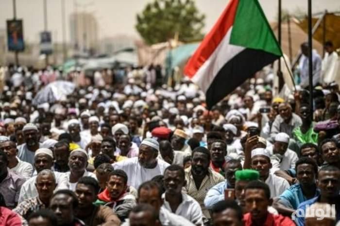 مسيرة مليونية للمطالبة بتسليم السلطة للمدنيين في السودان
