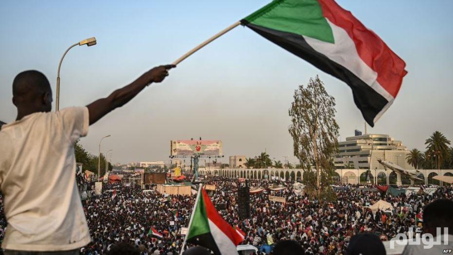 المجلس العسكري السوداني يمهل قوى المعارضة 24 ساعة لإعادة حركة السير على الجسور