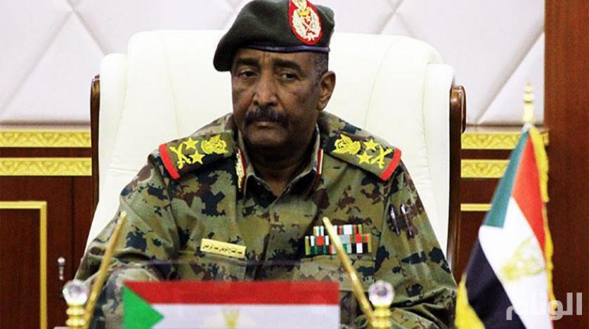 رئيس المجلس الانتقالي السوداني: التصعيد أدى إلى انتفاء سلمية الثورة
