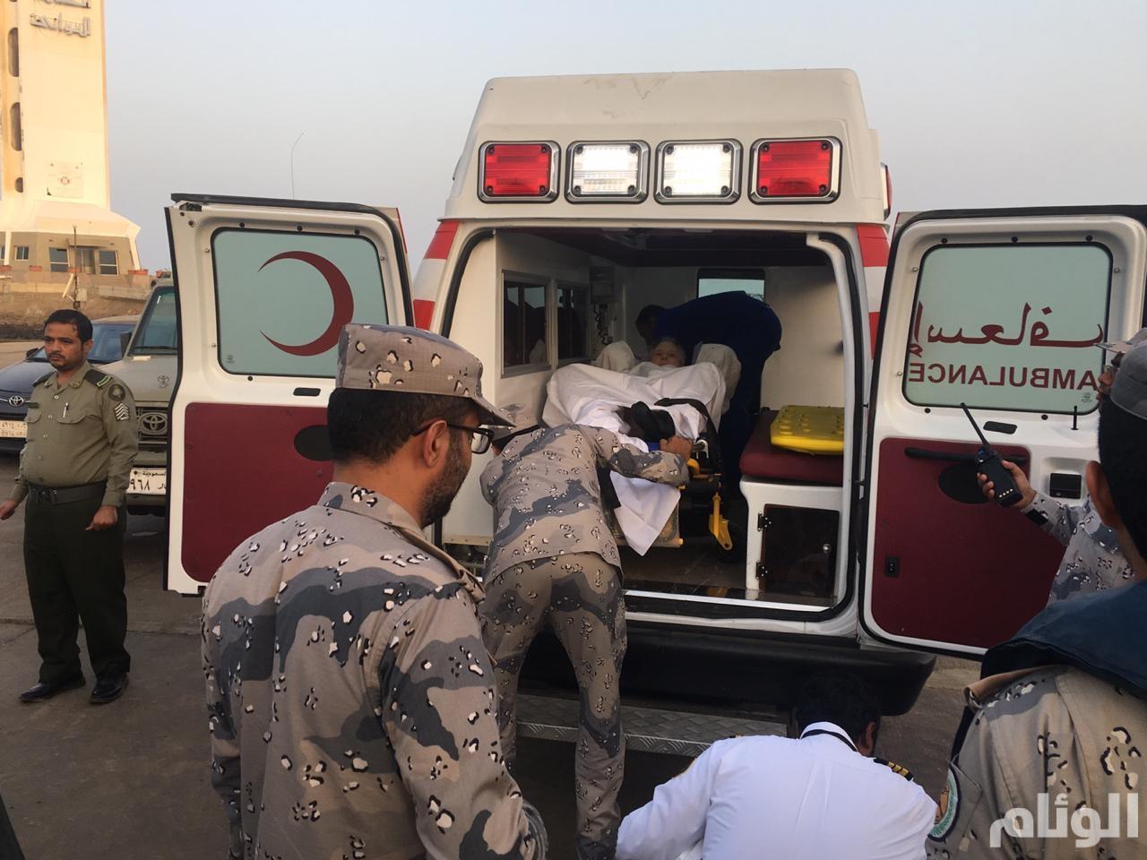 حرس الحدود ينقذ راكبا أمريكيا من على متن سفينة ركاب سياحية في البحر الأحمر