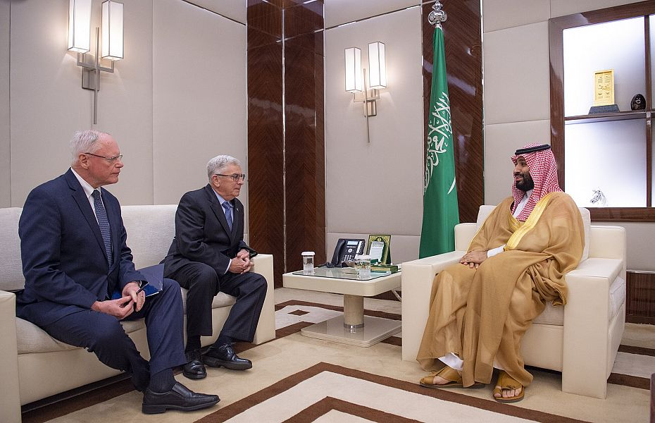 ولي العهد يلتقي مبعوث الرئيس الأمريكي للشأن السوري