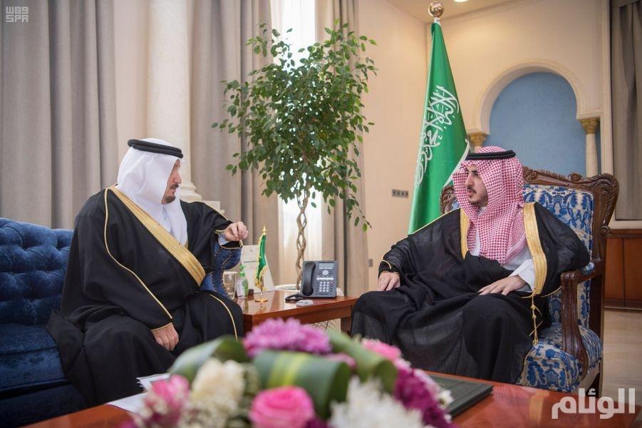 أمير الجوف يستقبل مدير عام فرع وزارة الإسكان بالمنطقة