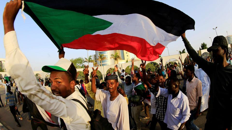 الإعلان عن ميلاد الحراك القومي السوداني