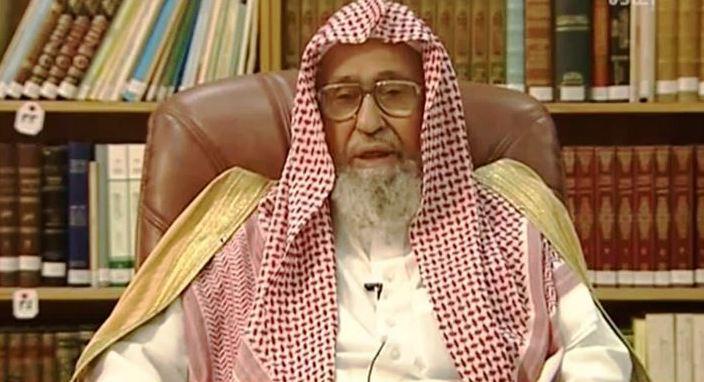 الفوزان: من يصلي في رمضان فقط لا تنفعه صلاته