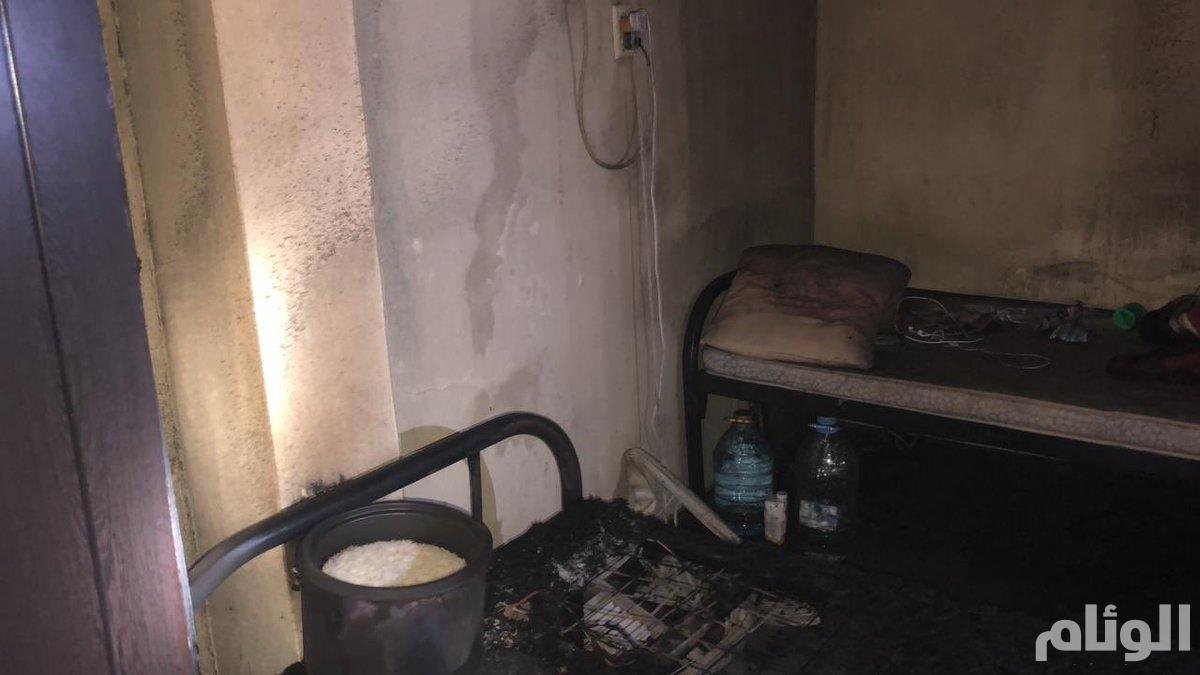 حريق في مبنى من 3 طوابق بمدينة الخبر