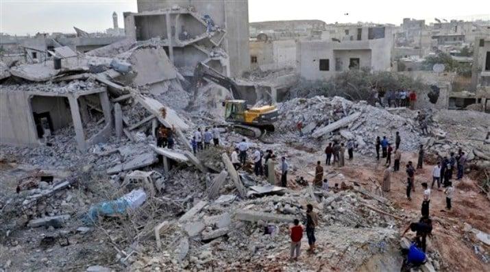 طائرات النظام السوري تشن غارات عنيفة جنوب إدلب