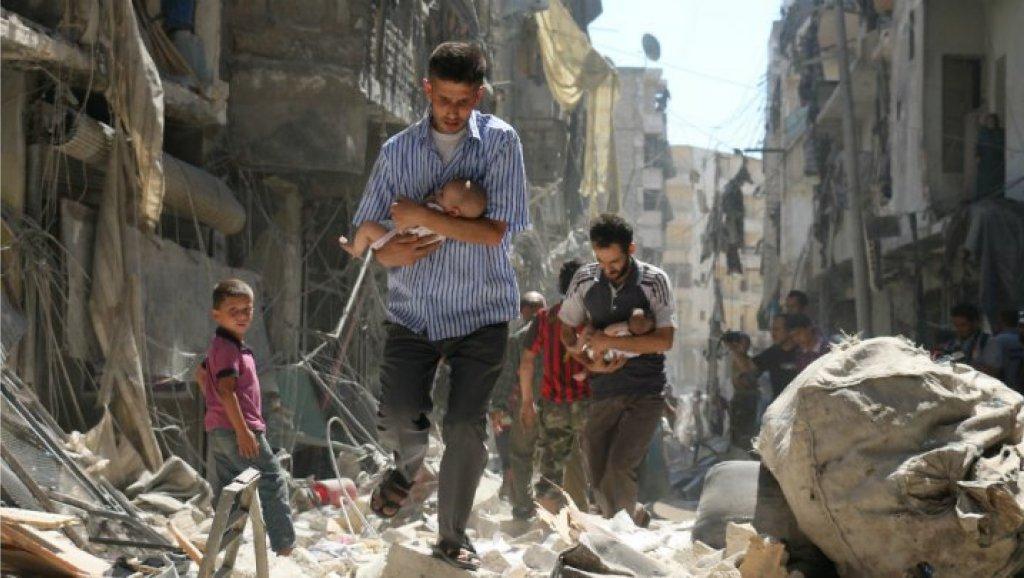 قوات النظام السوري تقصف إدلب وحلب.. والحصيلة: مقتل 27 مدنيًا